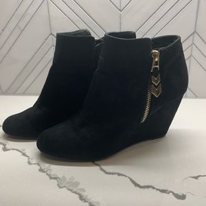 BCBG Suede wedge Booties size 8